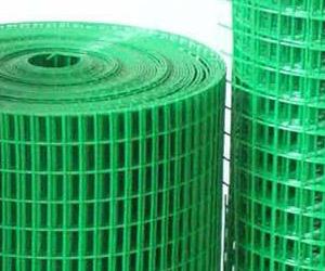 Рулон сварной сетки с полимерным покрытием