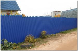Забор вокруг дачи
