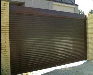 Рулонные ворота на даче