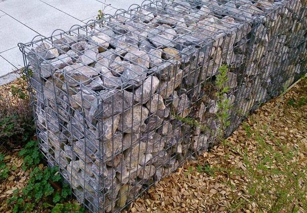 Как называется забор из сетки